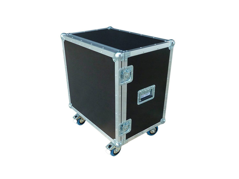 kofer-za-git-i-bas-pojacalo-box