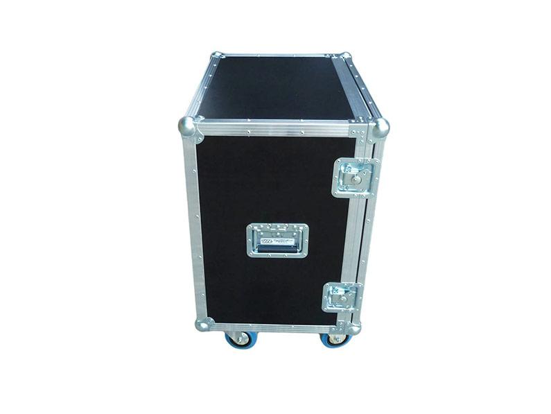 kofer-za-git-i-bas-pojacalo-box3